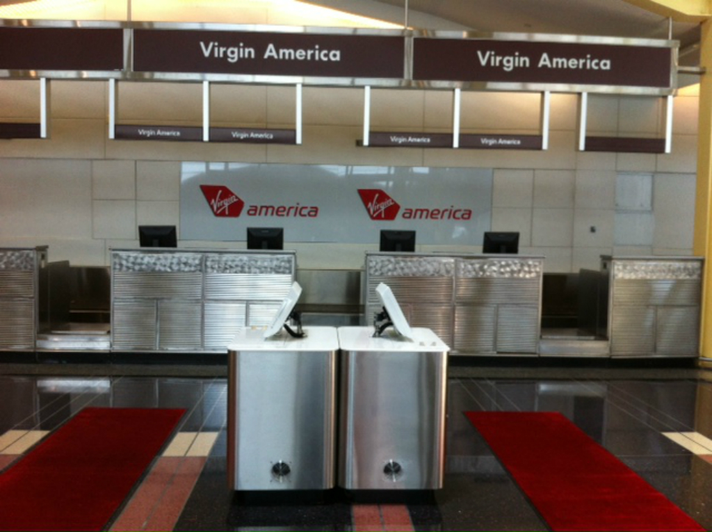 VIRGIN DCA TICKET LINE AND KIOSK