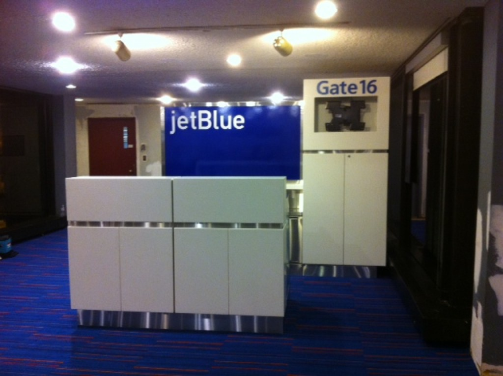 JetBlue-Gate-Newark-Millwork